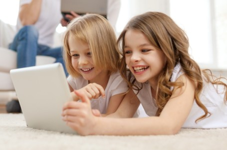 Children and Computers – The Technology Tightrope